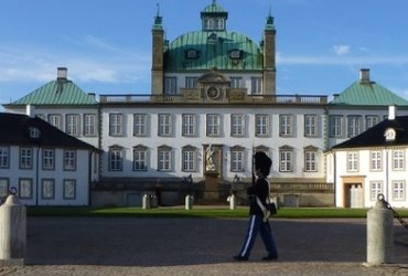 Denmark by bike - tour royal Zealand Copenhagen and Sweden