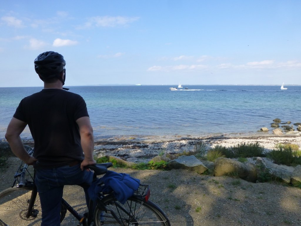 Enjoy beautiful views when cycling along the Danish Riviera